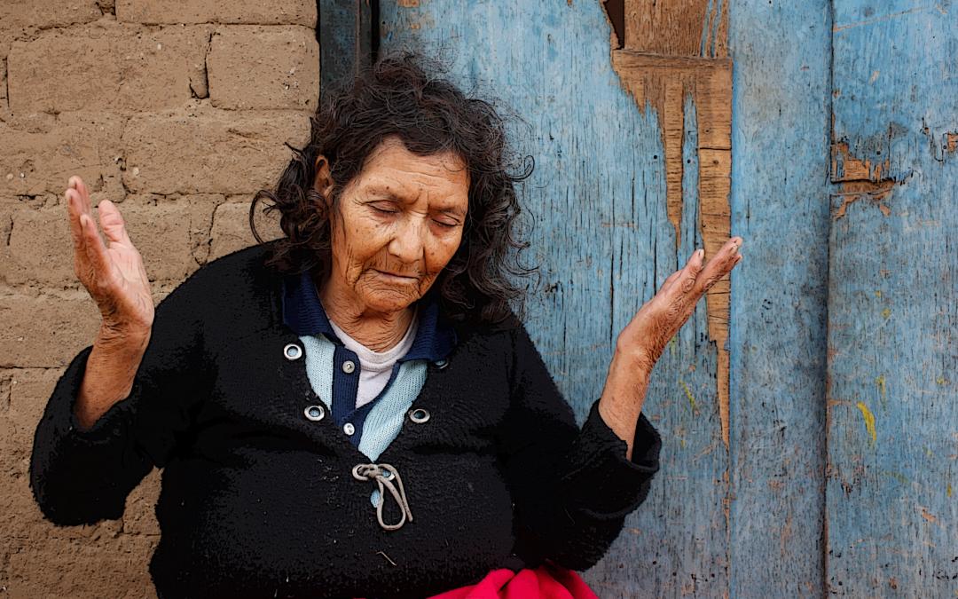 La fe de Faustina y su lucha por la Pensión 65